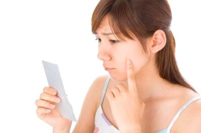Cách trị sẹo lõm sau khi tẩy nốt ruồi triệt để là gì