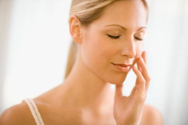 Bất ngờ với hiệu quả trị sẹo lõm bằng vitamin 6