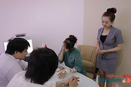 Tuân thủ chặt chẽ các hướng dẫn của bác sỹ phẫu thuật