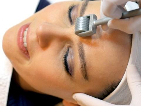 Mùa khô hanh chăm sóc làn da bị sẹo mụn thế nào? 4