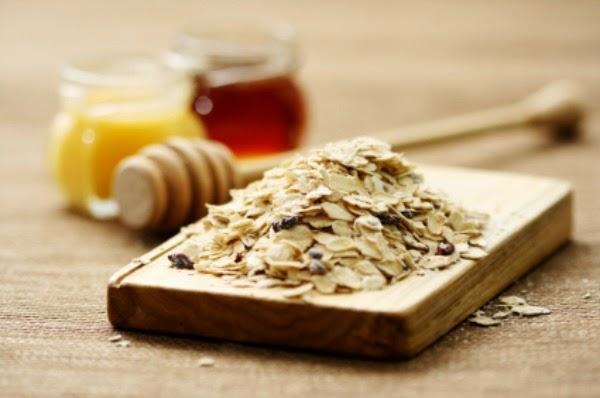 3 công thức làm đầy sẹo lõm từ mật ong 3