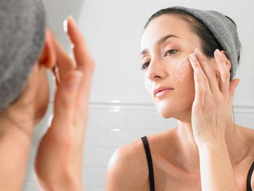 Bạn đã biết cách sử dụng kem trị sẹo rỗ đúng cách?7789