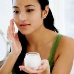 Chia sẻ kinh nghiệm chọn kem trị sẹo thâm mụn an toàn nhất